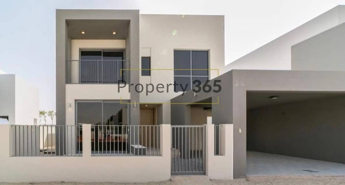 BRAND NEW | VACANT | 4 BED + MAIDS | UPSTAIRS FAMILY ROOM