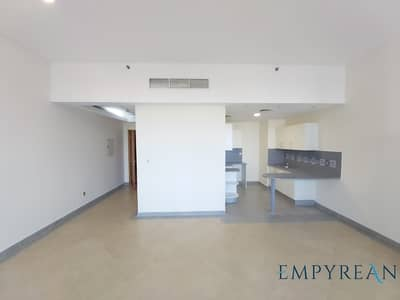 Studio for Rent in Barsha Heights (Tecom), Dubai - Huge Studio  37k Chiller Free With Balcony 2 Mints Walk from Metro