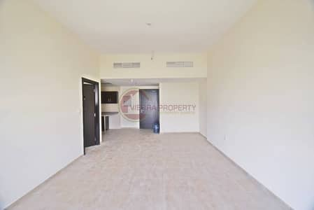 Large 1BHK |Pool View|Chiller Free|Balcony