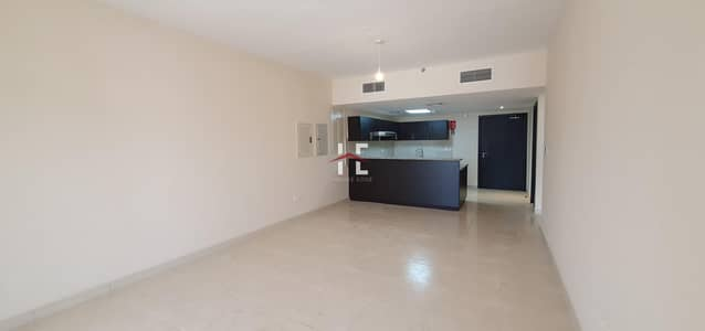 2 Bedroom Apartment for Rent in Al Rawdah, Abu Dhabi - Marvelous 2 BHK with Open Kitchen and Modern Baths
