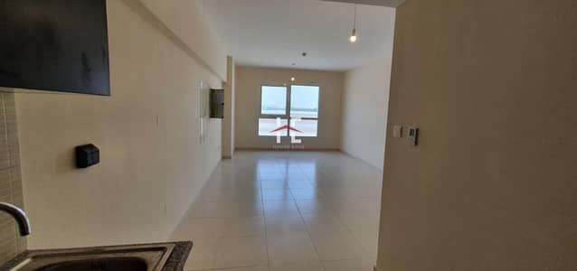 Studio for Rent in Al Rawdah, Abu Dhabi - Perfect Studio With Amenities