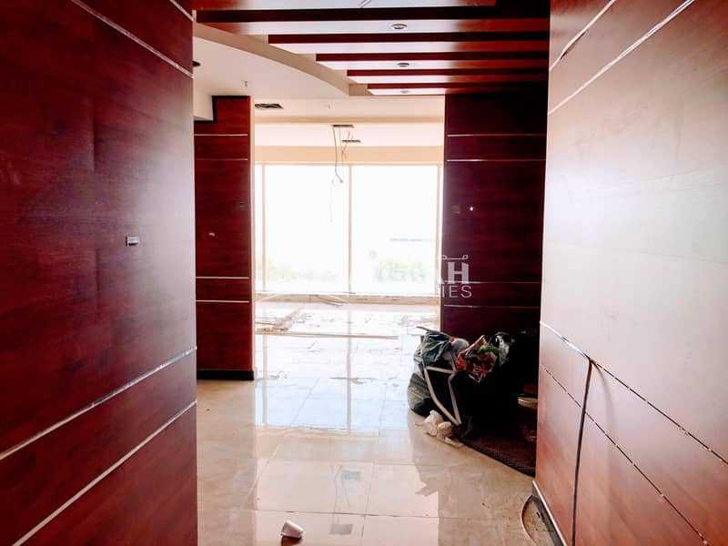 1000 sq.ft - 3692 sq.ft @ AED 55 | Fully Fitted Office with Free Chiller near Abu Hail Metro