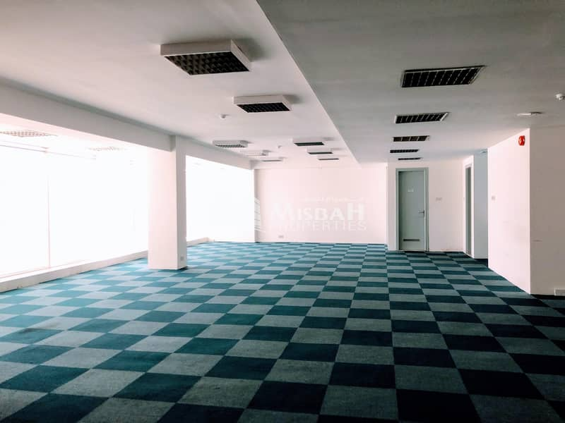 13 1000 sq.ft - 3692 sq.ft @ AED 55 | Fully Fitted Office with Free Chiller near Abu Hail Metro