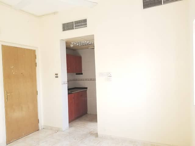 BIG STUDIO CENTRAL AC FOR FAMILY ONLY 10K