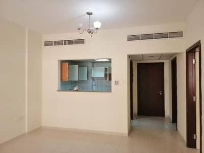 شقة 1 غرفة نوم للايجار في المدينة العالمية، دبي - شقة في الحي الصيني المدينة العالمية 1 غرف 27000 درهم - 4669472