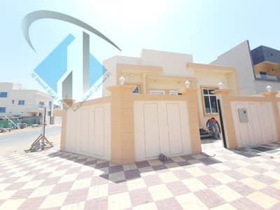 فیلا 3 غرف نوم للبيع في الياسمين، عجمان - فيلا جديده مع مكيفات رائعة و حديثة وقريبة من جميع الخدمات بأرقى مناطق عجمان للتملك الحر لجميع الجنسيات