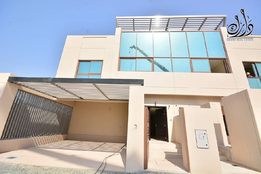 1 your New Villa ( Ready to Move in )in Dubai downtown with 10 years installment