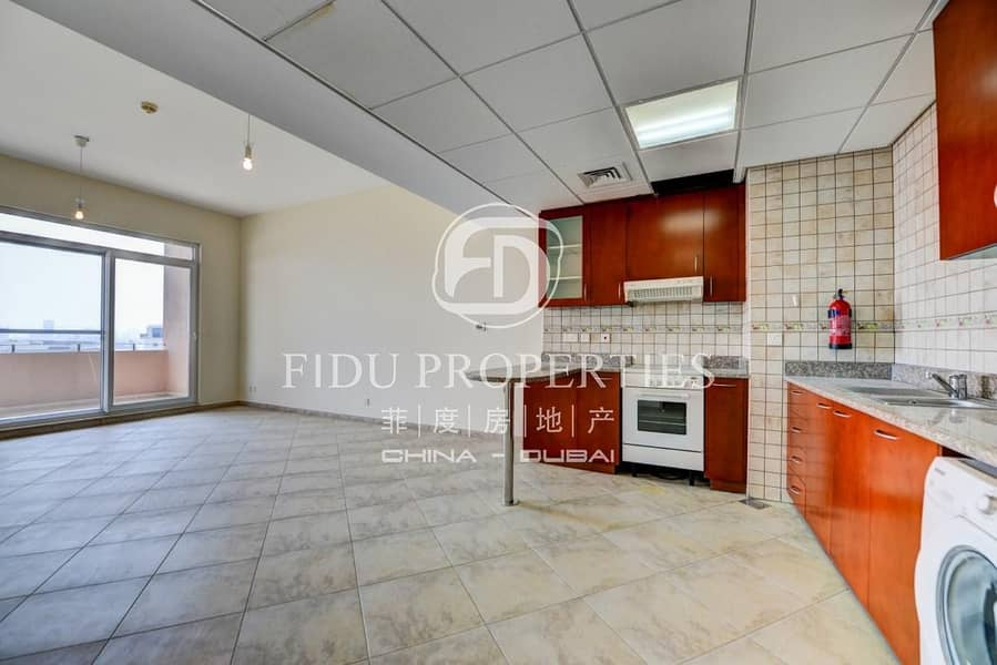 2 Large and Bright | Mid floor | Close to School