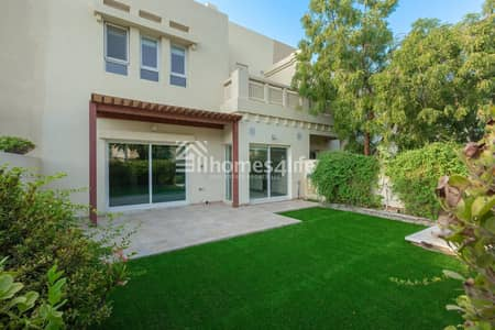 3 Bedroom Villa for Rent in The Lakes, Dubai - Exquisite Fully Upgraded Villa| A must see