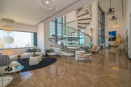 بنتهاوس 4 غرف نوم للبيع في مركز دبي المالي العالمي، دبي - Stunning & Luxuries Penthouse | Fully upgraded & furnished | Burj Khalifa & Skyline view