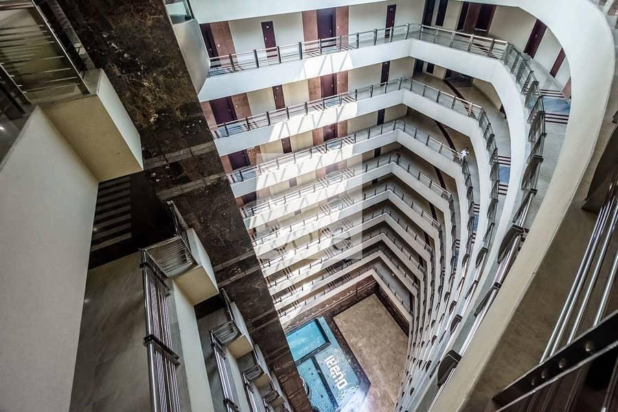 15 Full Floor Office | Spacious | Mid Floor