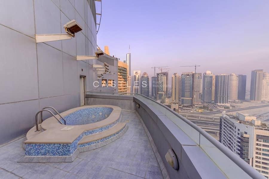 18 VIPCASTLES | 3BR Duplex Penthouse l Private Pool