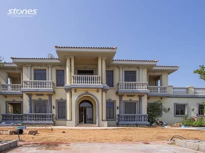 6 Bedroom Villa for Rent in Palm Jumeirah, Dubai - Luxurious Villa with Beach Access in Palm Jumeirah
