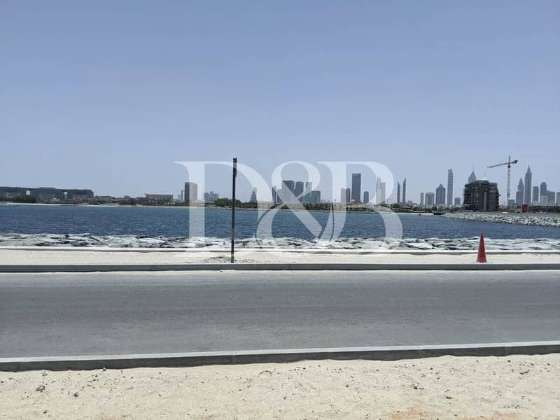 10 Full Sea View   Rare Unit   Beachfront Access