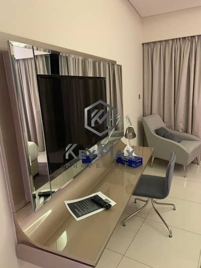 PERFECT 2 BR * FULLY MODERN FURNISHED * READY TO MOVE
