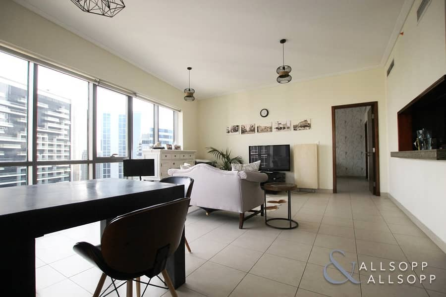 2 High Floor | 1BR  Large Layout | 1061 SqFt