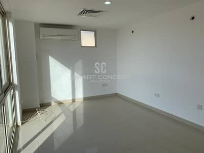 4 Bedroom Villa for Sale in Al Raha Gardens, Abu Dhabi - Hot Deal Spacious Areas  With Swimming Pool