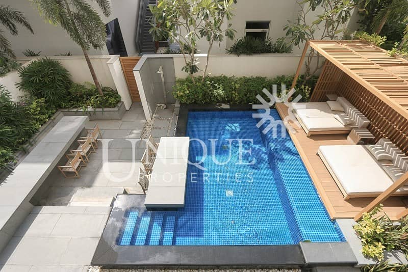 19 4 Bedroom Duplex with Private Pool and Garden