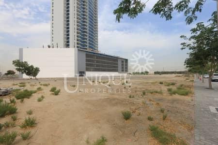 ارض سكنية  للبيع في مثلث قرية الجميرا (JVT)، دبي - Best Plot in JVT