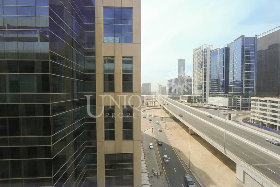 2 Exclusive office with huge terrace