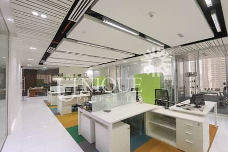 طابق تجاري  للبيع في الخليج التجاري، دبي - Luxury Fitted/Furnished New Office in Vision Tower