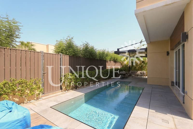 10 Fully Upgraded 4 Bedroom Villa With Swimming Pool