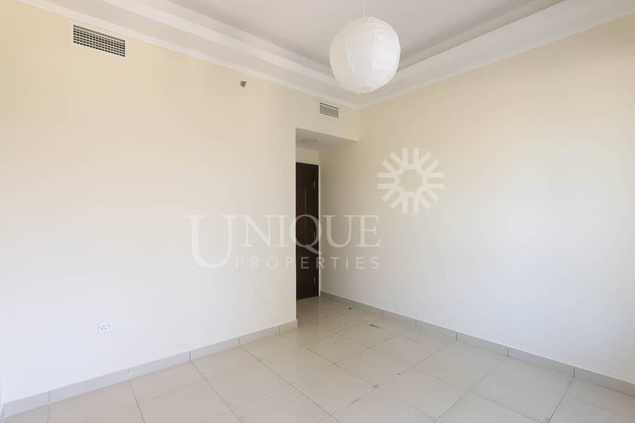 12 Multiple Chqs | Upgraded 3BR | Park View | Vacant