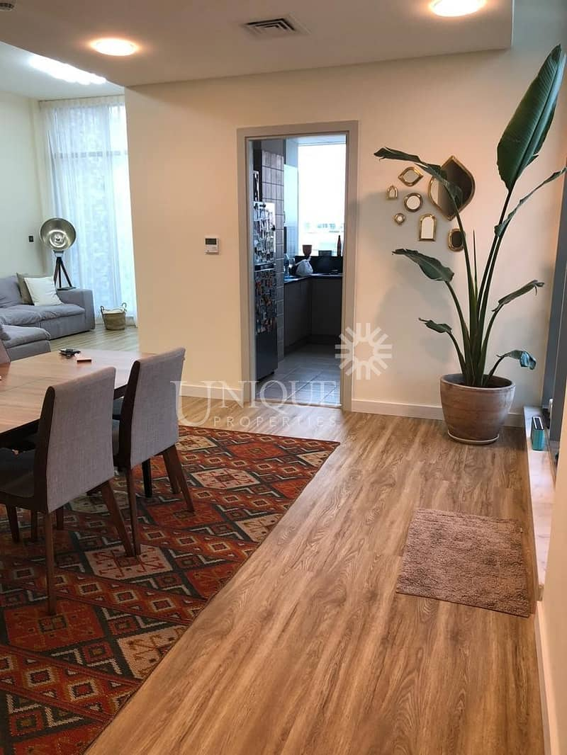 2 Large 2 bedroom apartment available for sale
