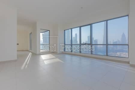 3 Bedroom Flat for Rent in Downtown Dubai, Dubai - Spacious Living - High end connectivity