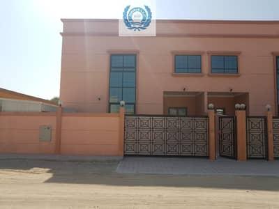 فیلا 5 غرف نوم للايجار في النخيلات، الشارقة - Luxurious 5BHK Villa Ready To Move Al Falaj @DHs100k