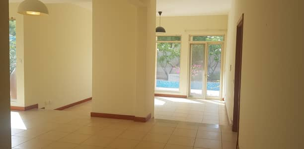 3 Bedroom Villa for Rent in Arabian Ranches, Dubai - Huge Plot   Private pool   3 BR plus maid