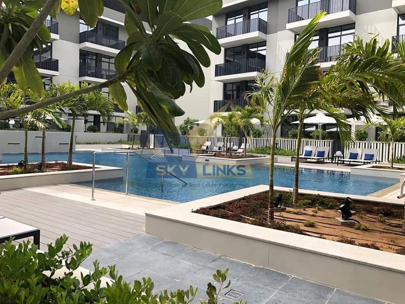 13 Bright with Pool View 1 Bedroom Apartment