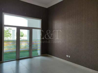 2 Bedroom Apartment for Sale in Yas Island, Abu Dhabi - Urgent sale!|Ready to move | Spacious terrace | Community view