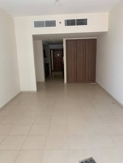 LUXURIOUS STUDIO APARTMENT WITH PARKING FOR SALE IN BEST PRICE IN AJMAN ONE TOWER