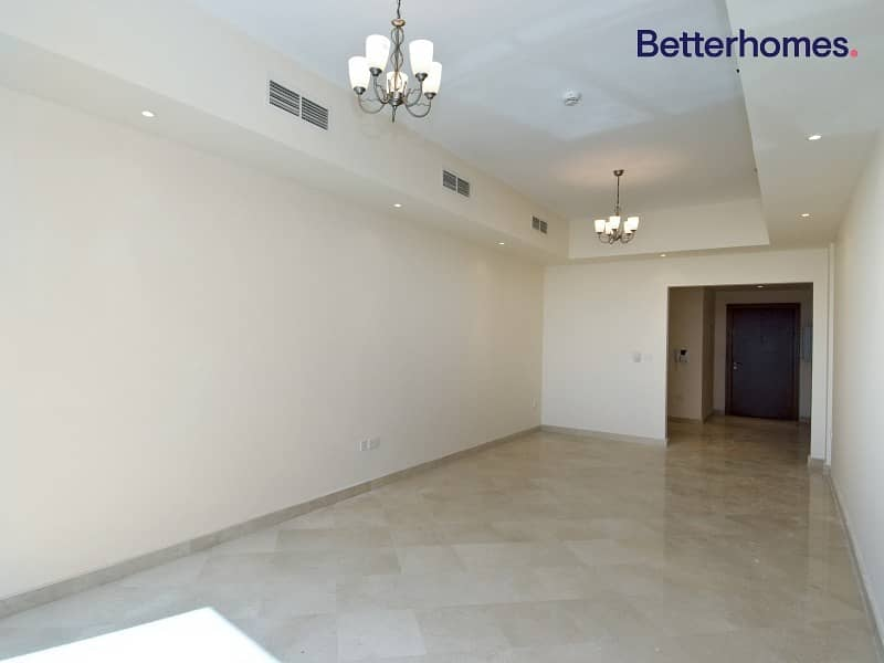 2 1 Month Free | Balcony | 2 Bedroom | Ready to Move-in