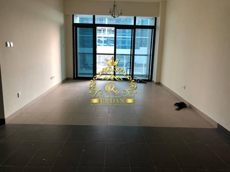 2 Low Floor 1BR Apartment in Lakeside Residence