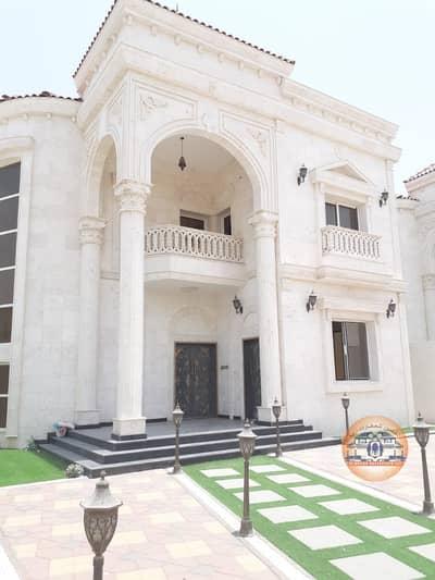 فیلا 5 غرف نوم للبيع في الروضة، عجمان - فيلا فخمة شارع و سكة مع امكانية التمويل البنكي لقيمة الفيلا و رسوم الكهرباء و التسجيل