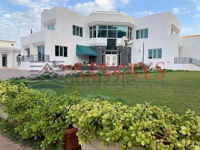 فیلا 8 غرف نوم للبيع في الوصل، دبي - Prime Location Lux. Villa in Al Awasl for Sale