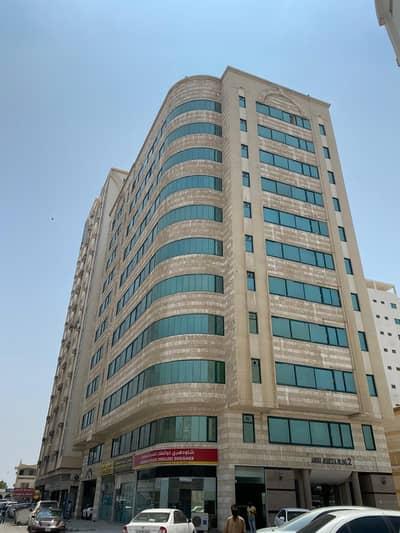 شقة 1 غرفة نوم للايجار في المريجة، الشارقة - شقة في بناية أبو جميزة 2 المريجة 1 غرف 18000 درهم - 4673408