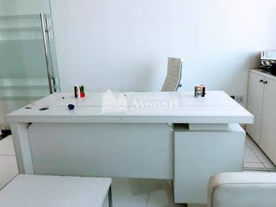 مکتب  للايجار في ديرة، دبي - Fully Furnished office with partitions