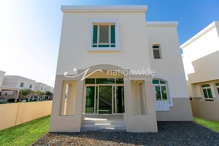 3 Bedroom Villa for Rent in Al Ghadeer, Abu Dhabi - An Exquisite 3+1 Villa That Is Family-friendly