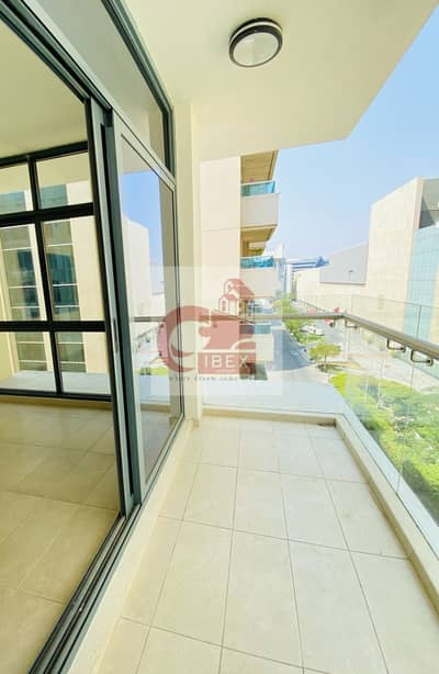 3 Bedroom Flat for Rent in Bur Dubai, Dubai - Very Close to Metro | Bright and Huge 3/BR | Separate Laundry | Parking & Health Club