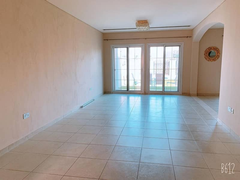 2 Extended 3 Bed + Maid   Single Row   Spacious