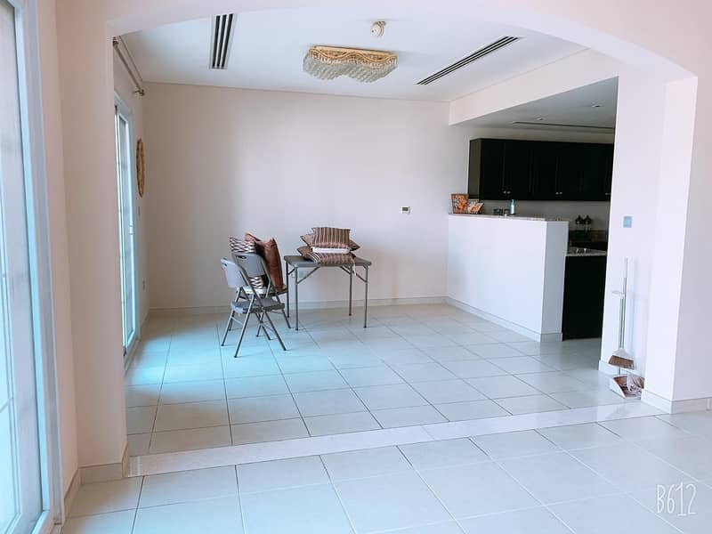 18 Extended 3 Bed + Maid   Single Row   Spacious