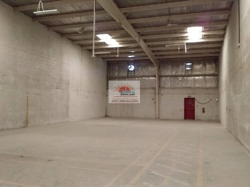 3200sqfts warehouse for rent in Umm Ramool