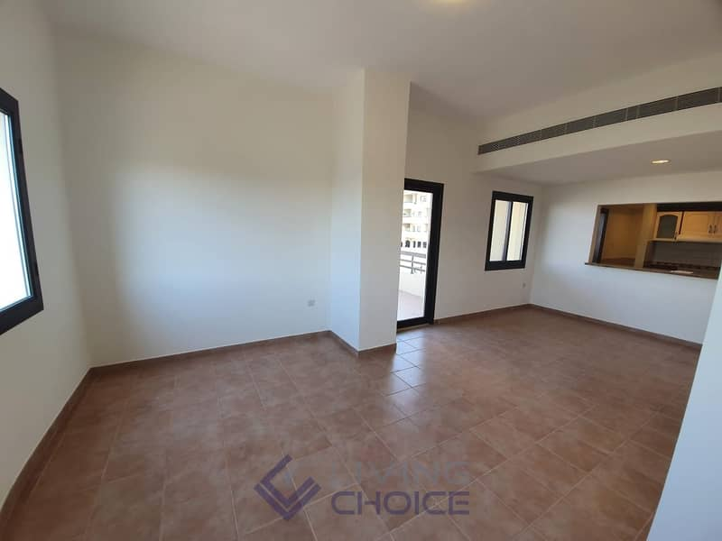 3 Balconies | Zero Commission | 30 Days Lease Extension!