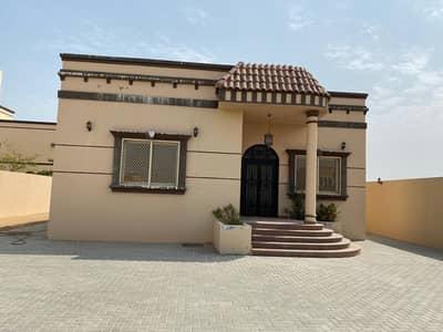 Big Parking 5 Bed Room Villa For Rent in Ajman Al Hamidiya Area Ajman