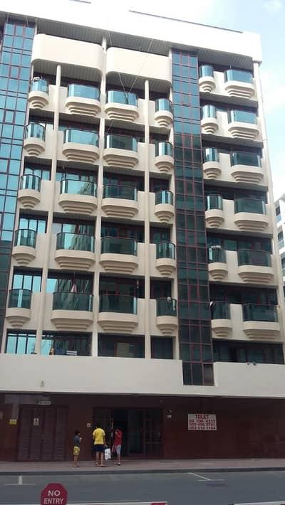 فلیٹ 3 غرف نوم للايجار في بر دبي، دبي - شقة في المنخول بر دبي 3 غرف 88000 درهم - 4674141