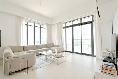 2 Bedroom Apartment for Sale in The Hills, Dubai - Vacant 2 Bedroom with Golf and City Views