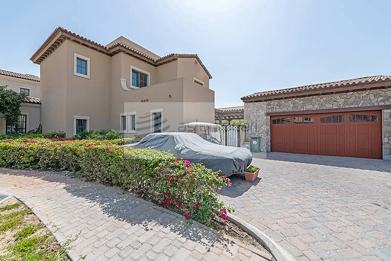 10 4BR+Maid's Villa | Full Golf Course View | Vacant